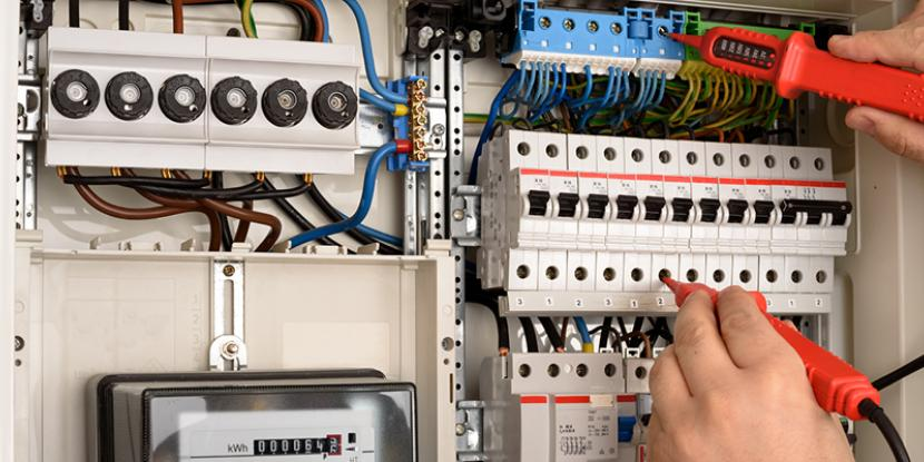 A home electrical inspection is one of the most important things you can do when moving into a new home. Mr. Electric can tell you why. Learn more.
