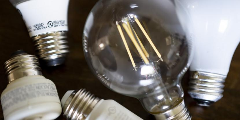 If you have a bunch of extra light bulbs, you need to get organized with simple light bulb storage solutions. Here's how to store light bulbs safely.
